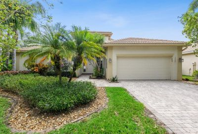 7900 Sonata Bay Point Lake Worth FL 33467