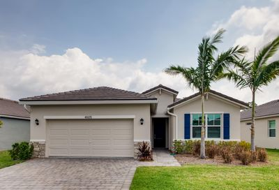 4605 NW King Court Jensen Beach FL 34957