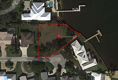 19 Country Club Circle Tequesta FL 33469
