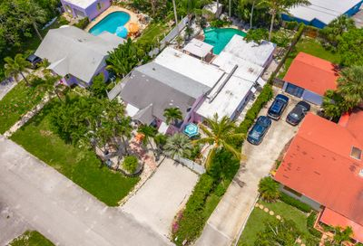 3218 Palm Drive Delray Beach FL 33483