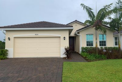 4541 NW Exchange Avenue Jensen Beach FL 34957