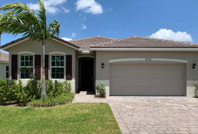 4625 NW King Court Jensen Beach FL 34957