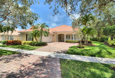 8009 Inagua Lane Wellington FL 33414