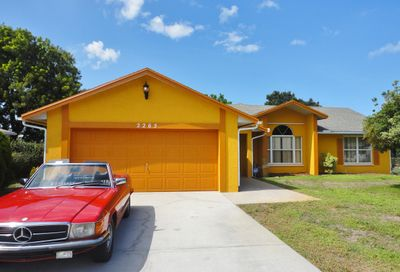 2265 SE Carnation Road Port Saint Lucie FL 34952