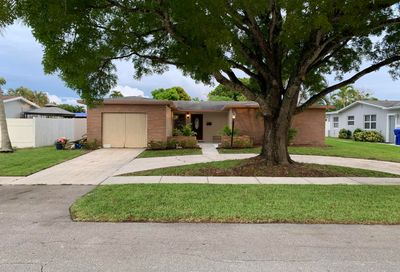 6800 SW 7th Place North Lauderdale FL 33068