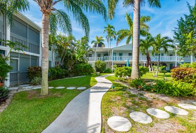 2161 NE 42nd Court Lighthouse Point FL 33064