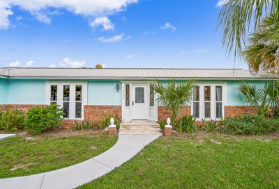9493 SE Cove Point Street Tequesta FL 33469