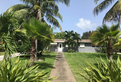 6620 Hillside Lane Lake Worth FL 33462