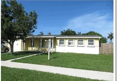 252 Davis Road Palm Springs FL 33461