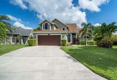 1581 Bayridge Place Wellington FL 33414