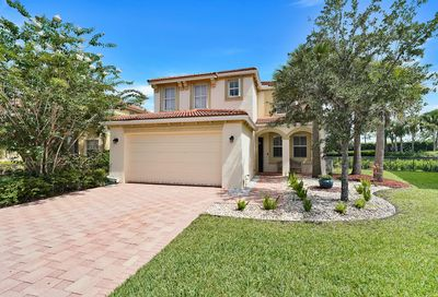 2723 Pienza Circle Royal Palm Beach FL 33411