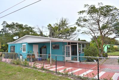 2108 Avenue P Avenue Fort Pierce FL 34950