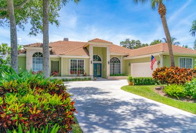18710 SE Lakeside Way Tequesta FL 33469