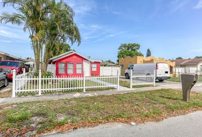 205 Walker Avenue Greenacres FL 33463