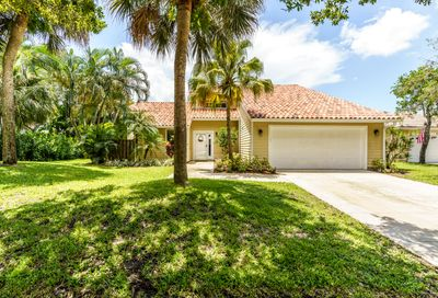 6544 Pineloch Court Jupiter FL 33458