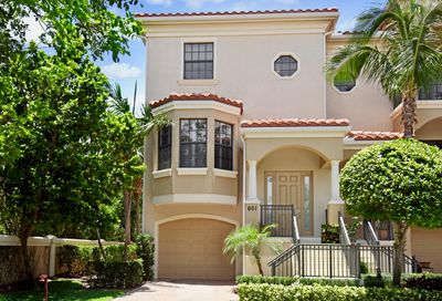 601 Del Sol Circle Tequesta FL 33469