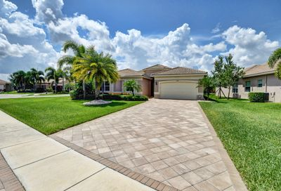 8694 Eagle Peak Pass Boynton Beach FL 33473