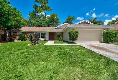 913 Lemongrass Lane Wellington FL 33414