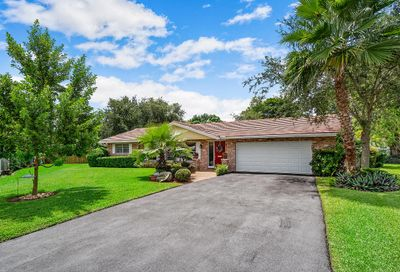 8850 NW 29 Place Coral Springs FL 33065