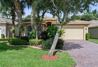 10689 Richfield Way Boynton Beach FL 33437