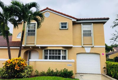 11331 Lakeview Drive Coral Springs FL 33071