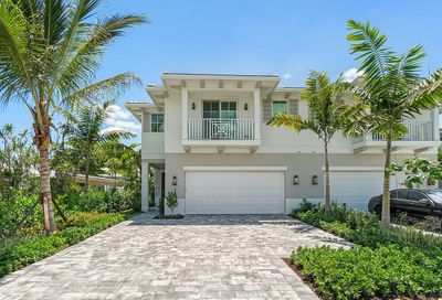 446 NE Wavecrest Way Boca Raton FL 33432