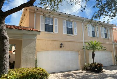 15 Oakland Court Tequesta FL 33469