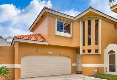 11273 Lakeview Drive Coral Springs FL 33071