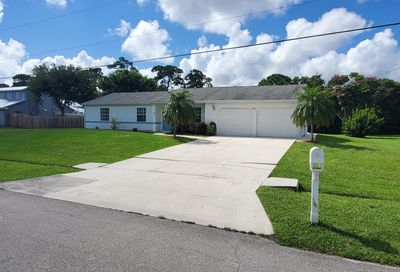 2751 SE Carthage Road Port Saint Lucie FL 34952