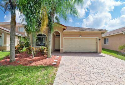 4112 Oxbow Drive Coconut Creek FL 33073