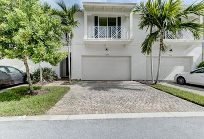 7243 Oxford Court Palm Beach Gardens FL 33418