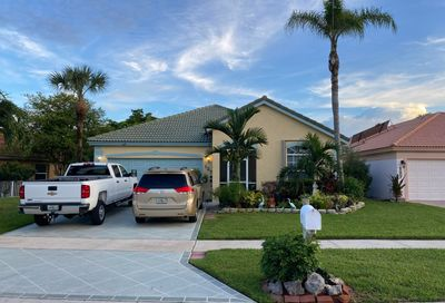 125 N Derby Ln Royal Palm Beach FL 33411