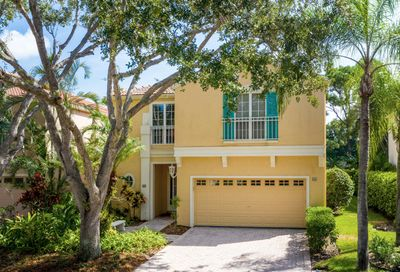 65 Via Verona Palm Beach Gardens FL 33418