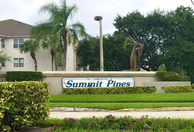 1318 Summit Run Circle West Palm Beach FL 33415