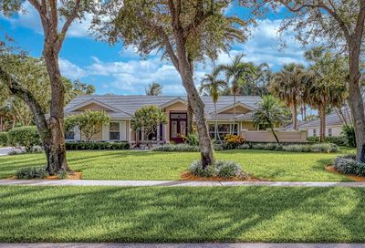 8370 Whispering Oak Way West Palm Beach FL 33411