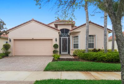 388 NW Springview Loop Port Saint Lucie FL 34986