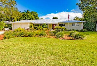 8726 SE Bahama Circle Hobe Sound FL 33455