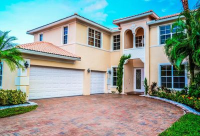 156 Bella Vista Way Royal Palm Beach FL 33411