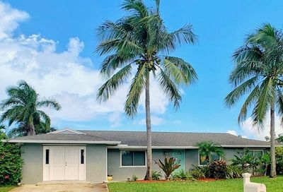 1681 NE 24th Terr Terrace Jensen Beach FL 34957