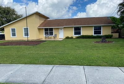 19681 SE County Line Road Tequesta FL 33469