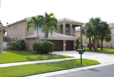 2237 Ridgewood Circle Royal Palm Beach FL 33411