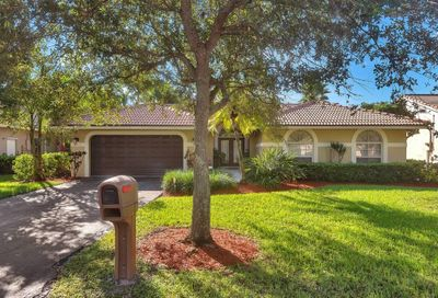 10420 NW 49 Place Coral Springs FL 33076