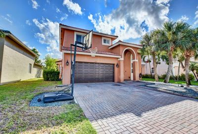 120 Sarona Circle Royal Palm Beach FL 33411