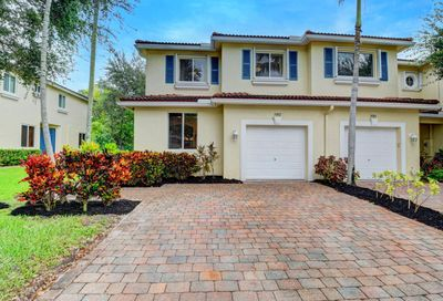 3082 N Evergreen Circle Boynton Beach FL 33426