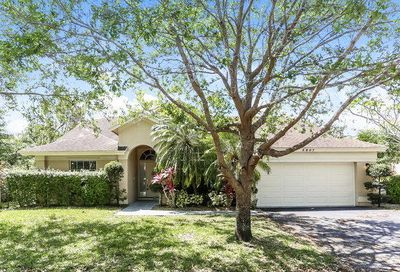5807 NW 42nd Lane Coconut Creek FL 33073