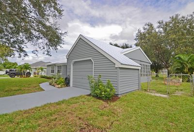 449 SW Belmont Circle Port Saint Lucie FL 34953