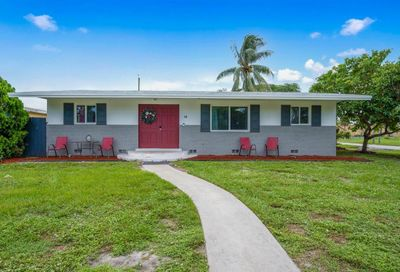 14 Andros Road Palm Springs FL 33461