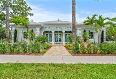 138 SE Via Lago Garda Port Saint Lucie FL 34952