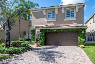 1451 Briar Oak Court Royal Palm Beach FL 33411