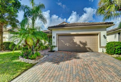 8198 Bellafiore Way Boynton Beach FL 33472